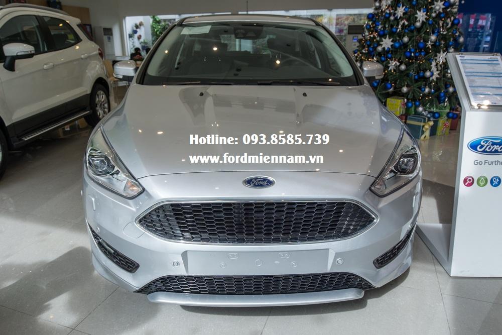 Đánh giá ngoại thất - Ford Focus 2018