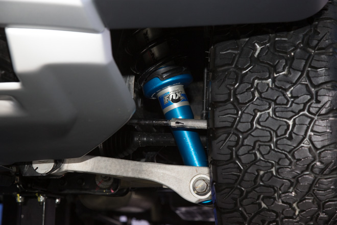 hệ thống giảm sóc xe ford ranger raptor 2018.jpg