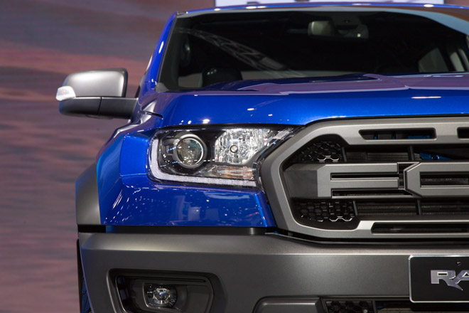 đèn xe ford ranger raptor mới.jpg